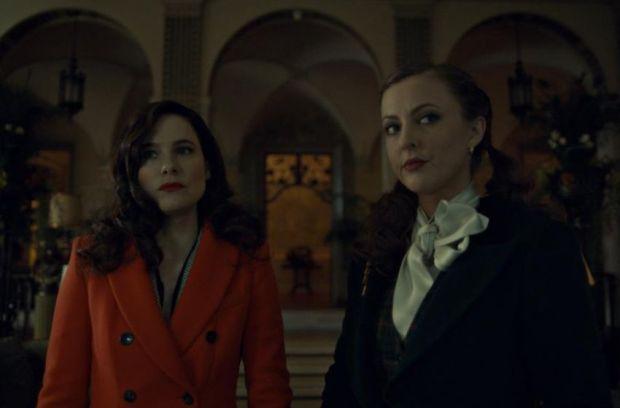 Alana (Caroline Dhavernas) e Margot (Katharine Isabelle)