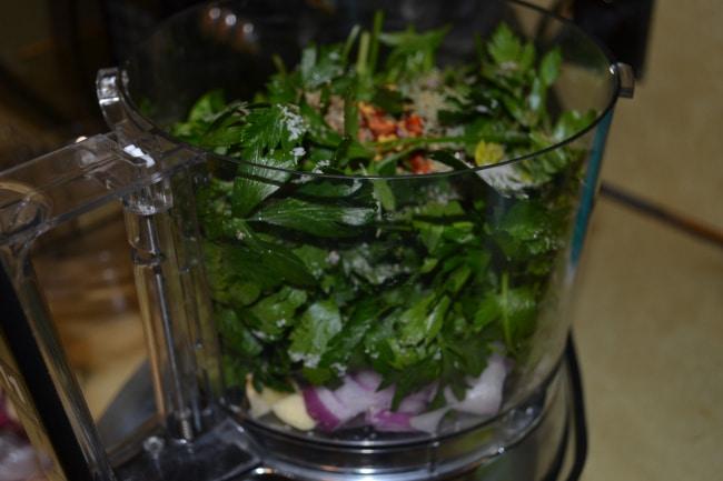 Spicy Chimichurri Sauce | Delish D'Lites