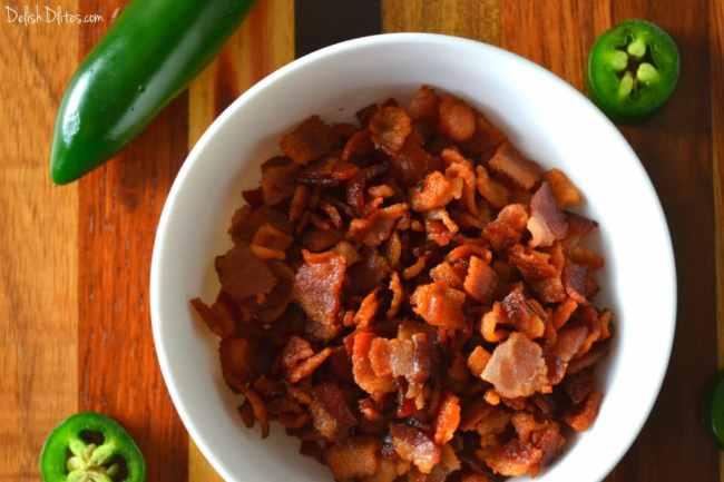 Bacon & Smoked Gouda Queso Fundido | Delish D'Lites