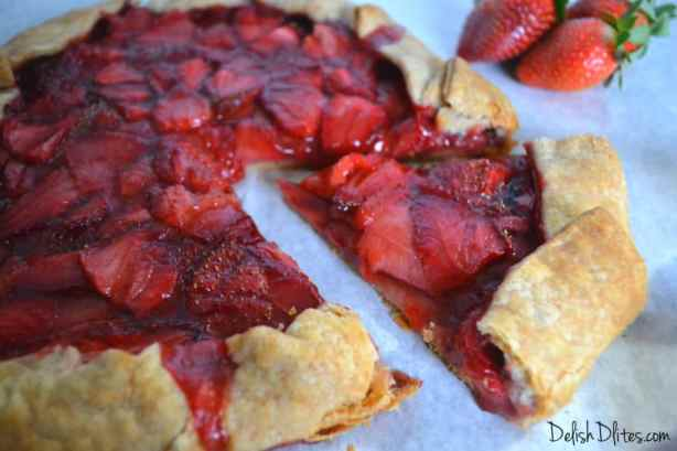 Strawberry Crostata | Delish D'Lites