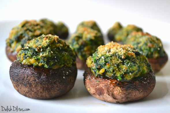 Spinach and Sausage Stuffed Mushrooms | Delish D'Lites