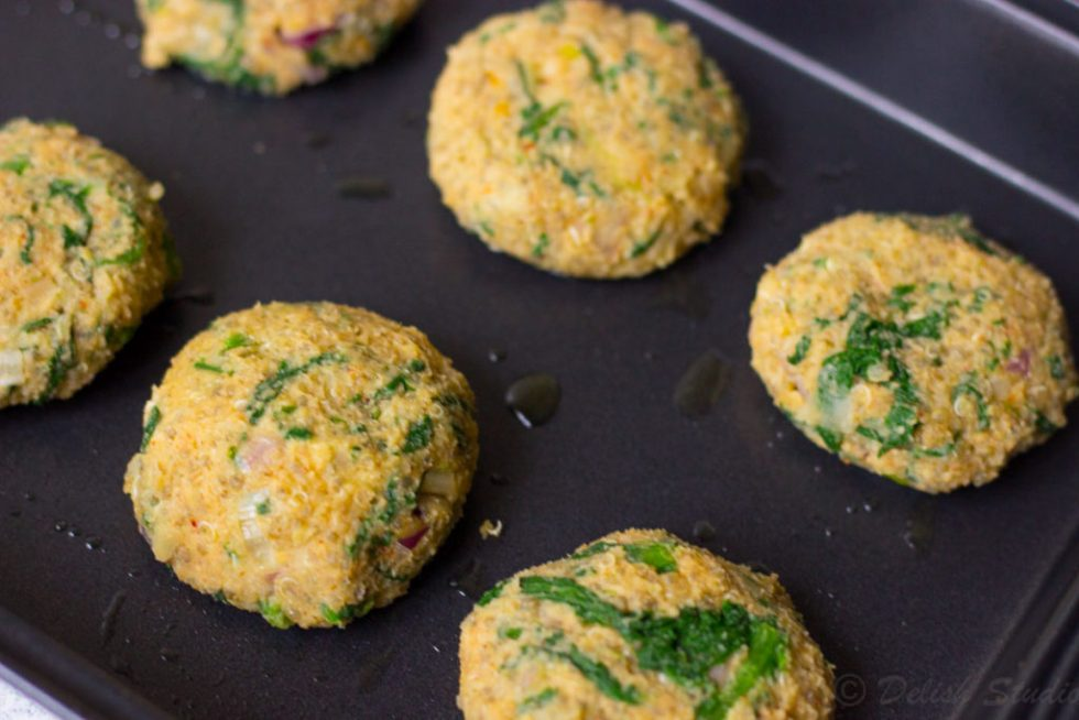 Roll the quinoa mixture in between your palm to make quinoa patties