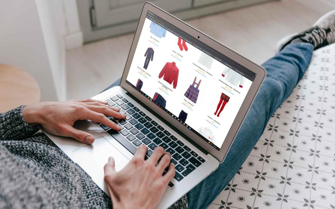 7 ventajas de comprar el uniforme escolar por Internet