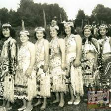 Yurok girls-cropped
