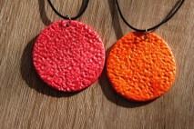 colliers rouge et orange