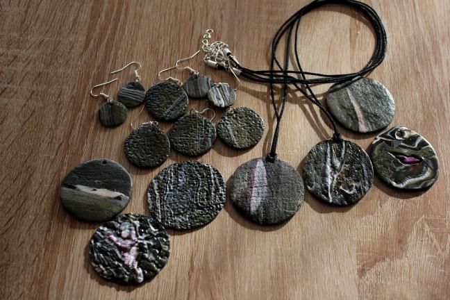 ensemble collier pierre