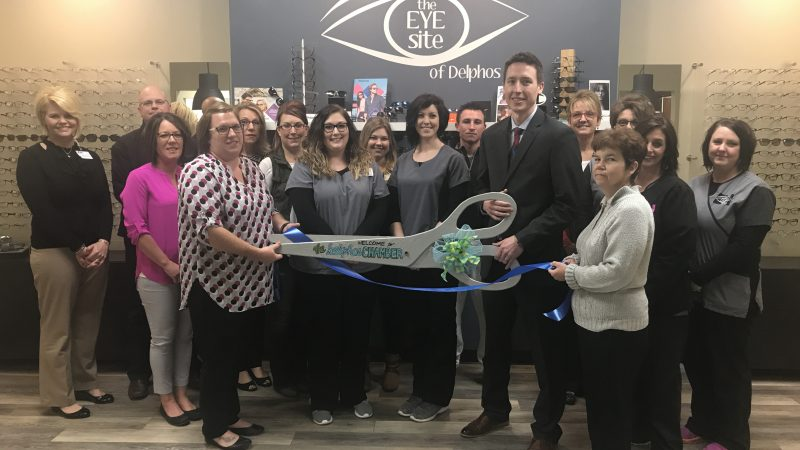 ribbon cutting Eye Site of Delphos