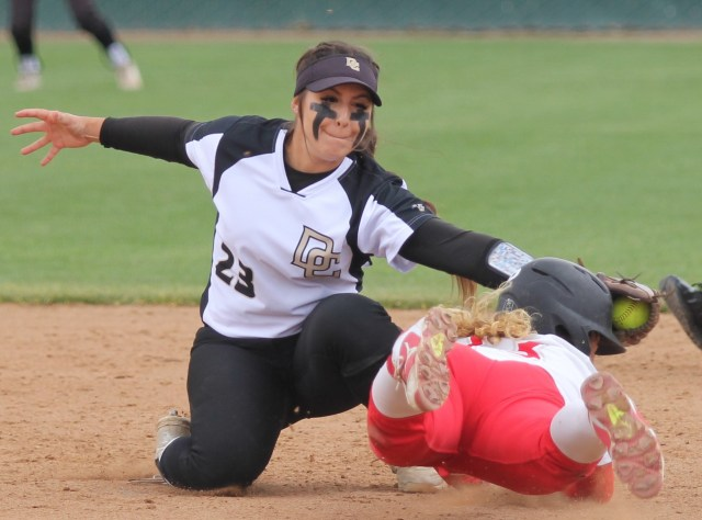 Tawny Deerinck makes a tag at second