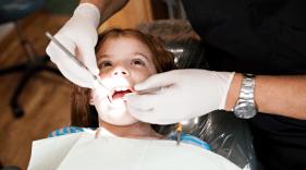Dental Hygienists vs. Dental Assistants