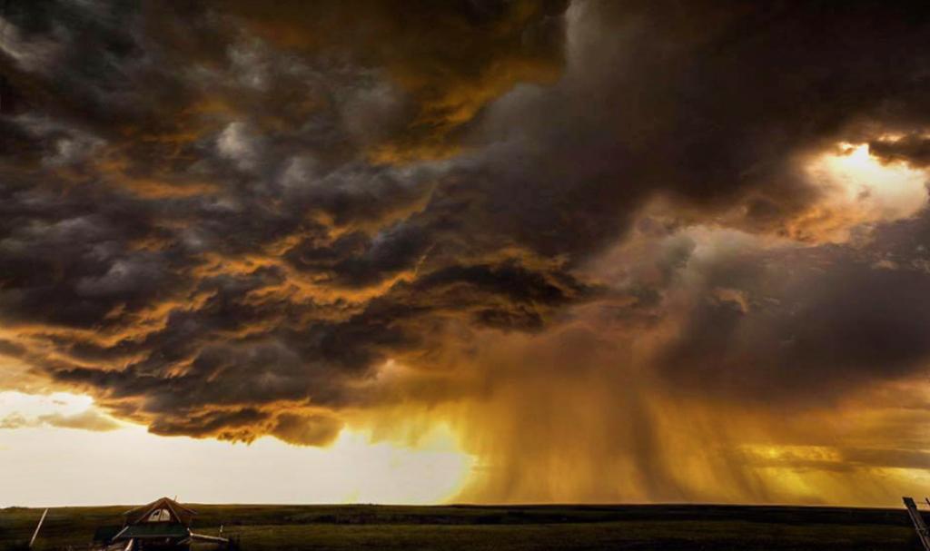 2009 storm clouds