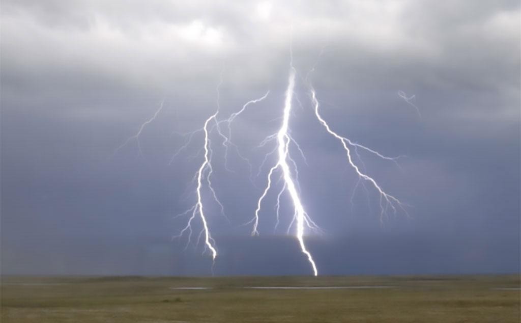 2223-lightning