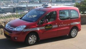 Minitaxi bil