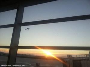sunrise at detroit dtw airport delta points blog