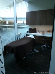 SPA Centurion lounge dfw delta points review (4)