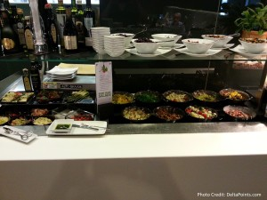 lunch buffet lufthansa 1st class lounge fra airport delta points blog (1)