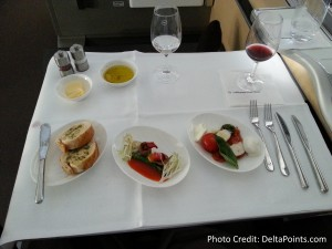 Lufthansa 1st class munich to Toronto A330 DeltaPoints blog review (11)