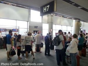 gate area MIA to ATL delta points blog