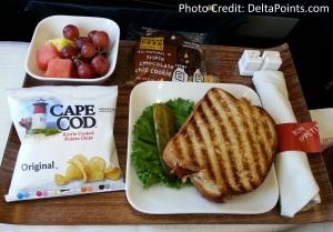 turkey bacon swiss business class sandwich delta air lines mia to dtw delta points blog