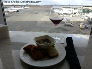 Centurion Lounge LGA LaGuardia Airport american express delta points blog lunch