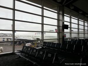delta 747 at detroit dtw airport delta ponts blog