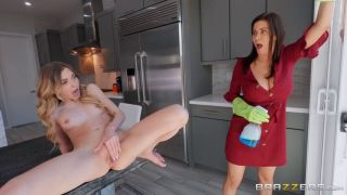 Alexis Fawx & Mackenzie Moss All In A Day's Squirt
