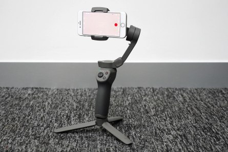 148921-gadgets-review-review-dji-osmo-mobile-3-image1-4d2hyf7lhn