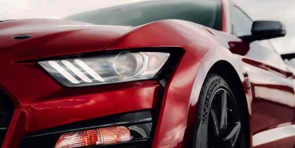 ford-shelby-gt500-2020-cobra-mustang-auto-deportivo-muscle-diseno-exterior-aerodinamico