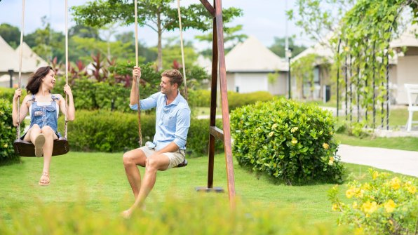 tnjtx-garden-swing-0735-hor-wide