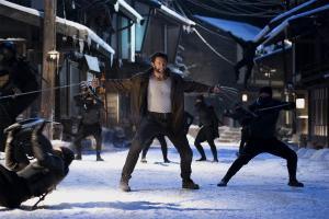 the_wolverine_2 fighting ninjas