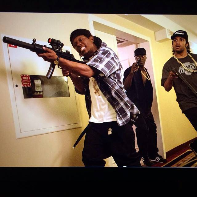 movie review straight outta compton