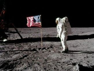 Our Ten's List: To The Moon!