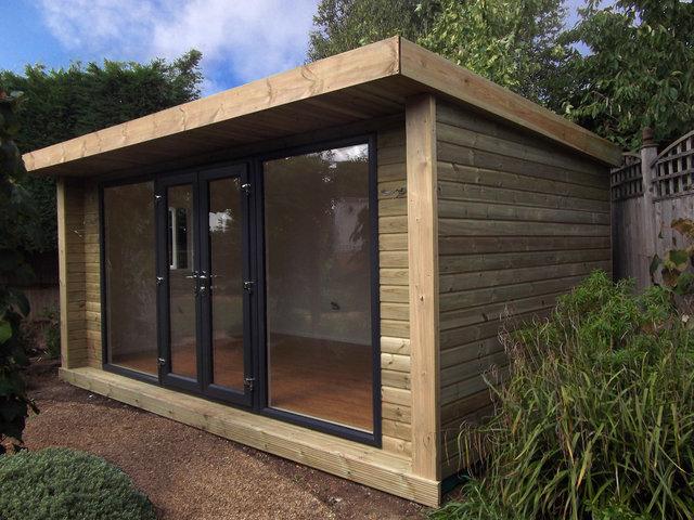 Oficina prefabricada de madera para obras jard n estudio for Caseta de madera para jardin