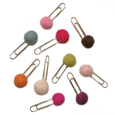 Pompon clips
