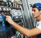 Electricista oficial de 1
