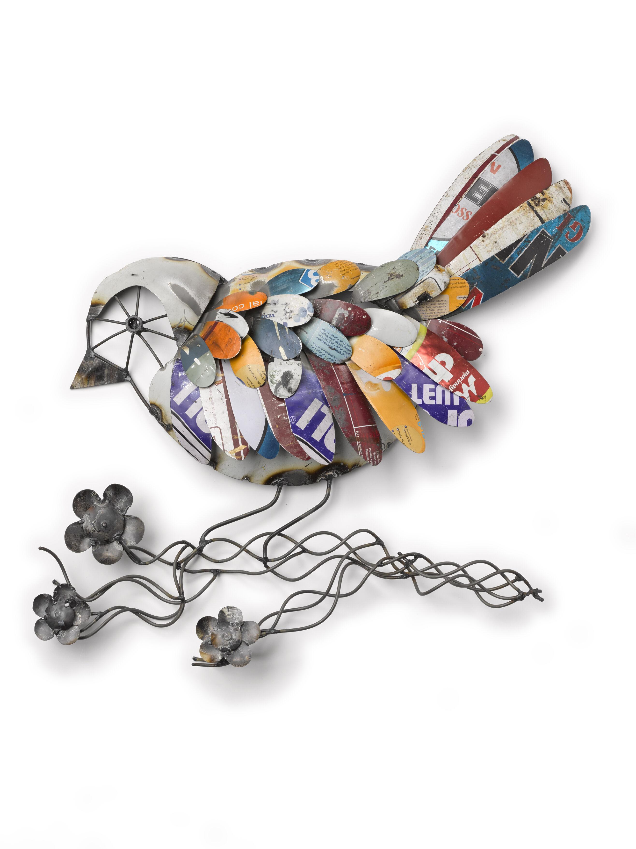 Outdoor Metal Wall Art: Recycled Metal Bird Wall Art ... on Backyard Metal Art id=47141