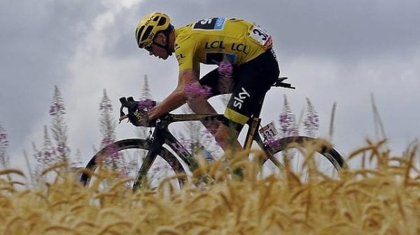Froome maillot amarillo