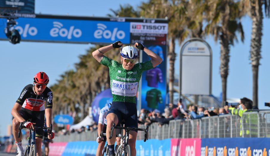 Mads Würtz gana la sexta etapa de la Tirreno - Adriático
