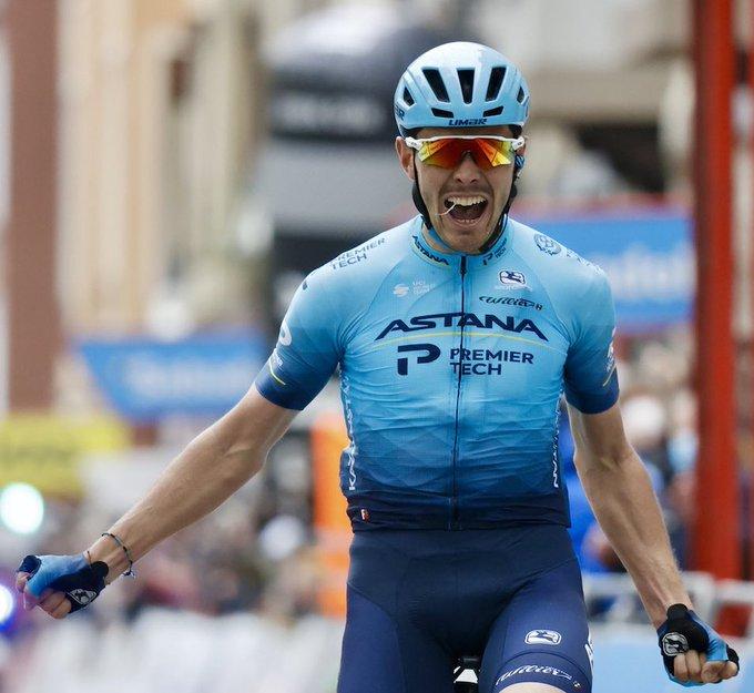 Alex Aramburu gana la segunda etapa de la Vuelta al País Vasco