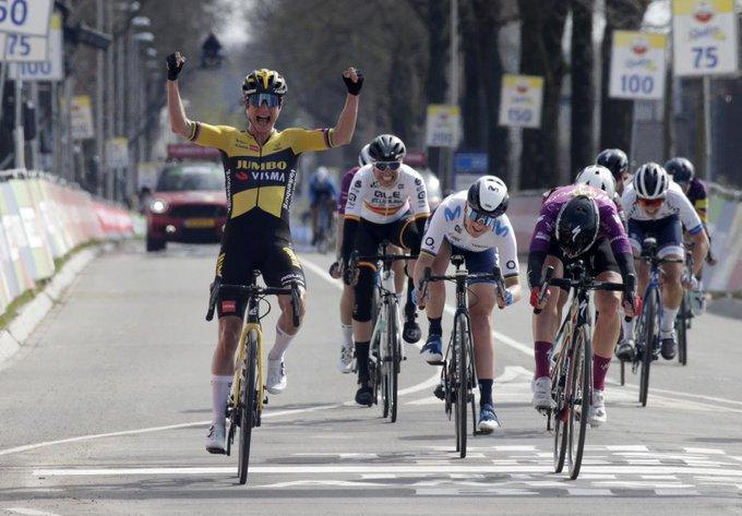 Marianne Vos gana la Amstel Gold Race femenina