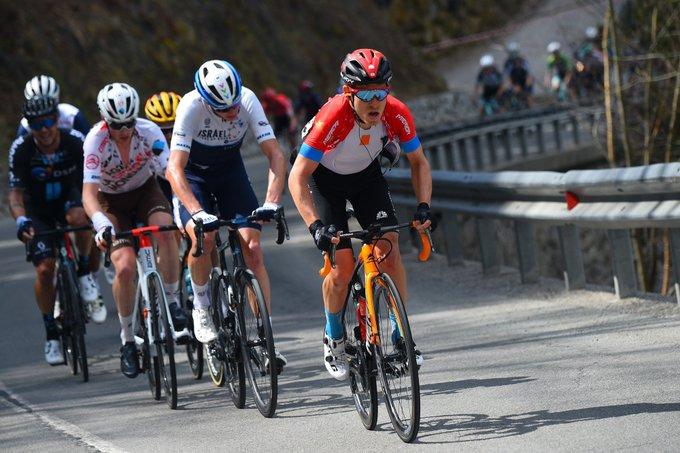 Pello Bilbao en el Tour de los Alpes