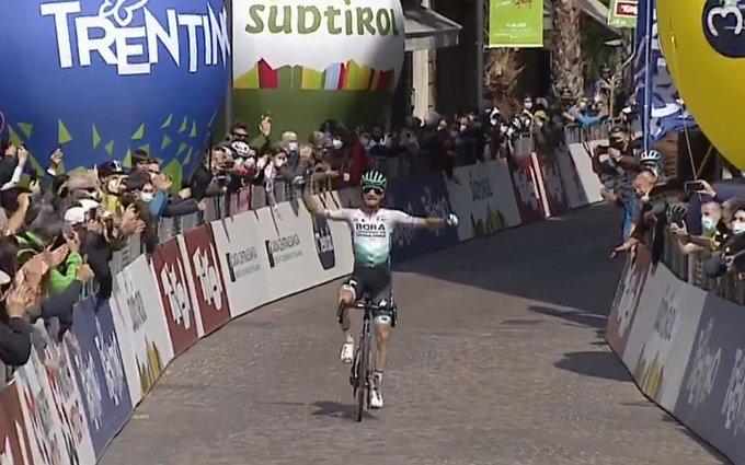 Großschartner se lleva la 5ª etapa del Tour de los Alpes