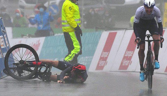 Geraint Thomas se cae en el Tour de Romandía