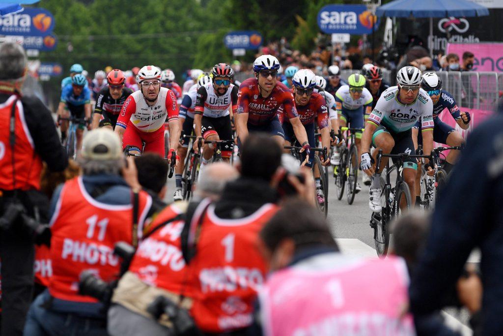 Elia Viviani en la tercera etapa del Giro de Italia