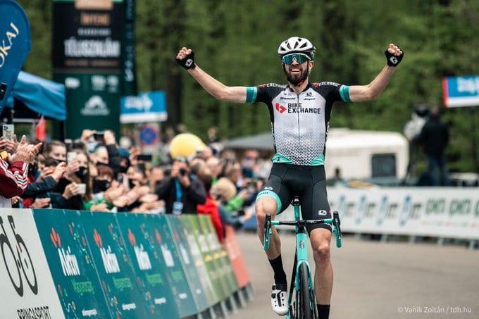Damien Howson gana la cuarta etapa del Tour de Hungría