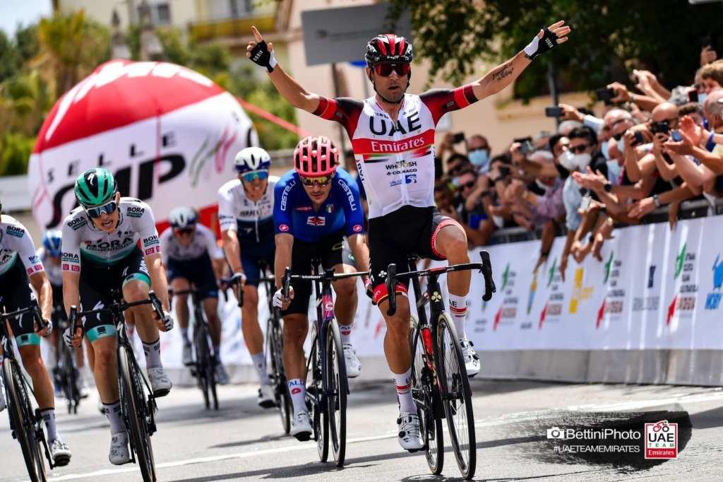 Diego Ulissi gana la primera etapa de la Settimana Ciclista Italiana