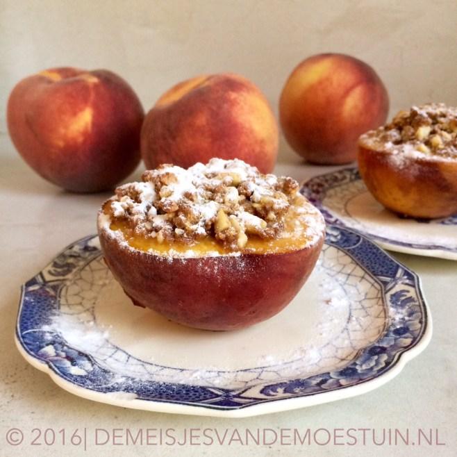 gevulde perziken uit de oven