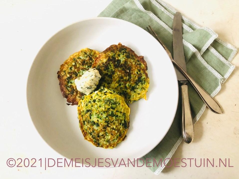 groene spinazie-bloemkool pannenkoekjes