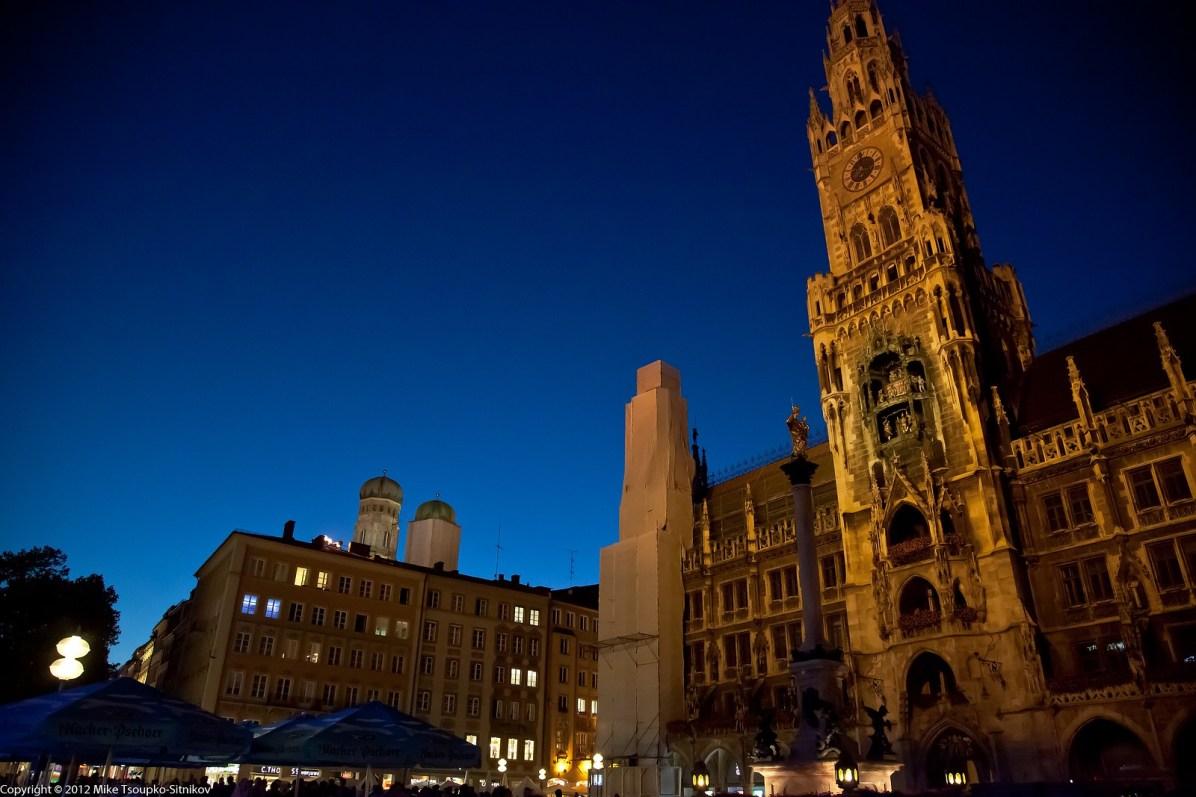 Marienplatz. The New Town Hall at night