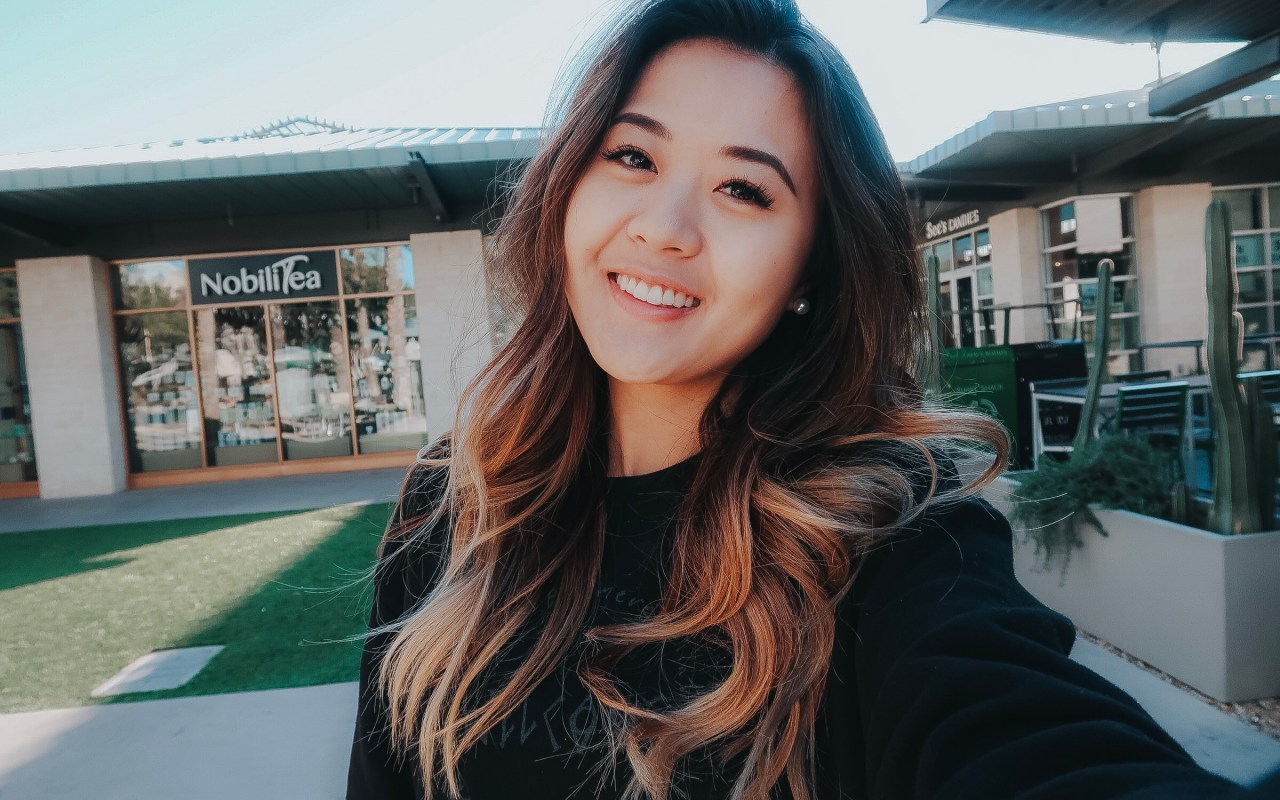 College lifestyle blogger Demi Bang talks about a guy she met at a coffee shop on a date