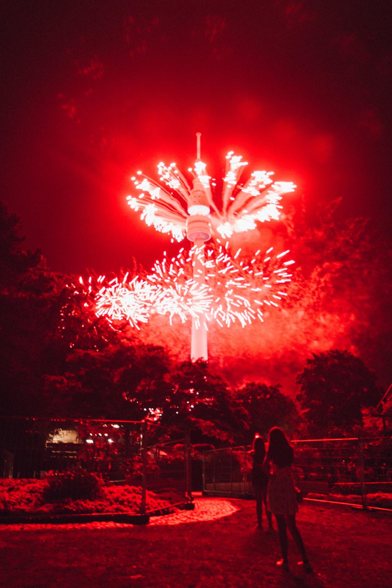 amusement park bright celebration 2893331
